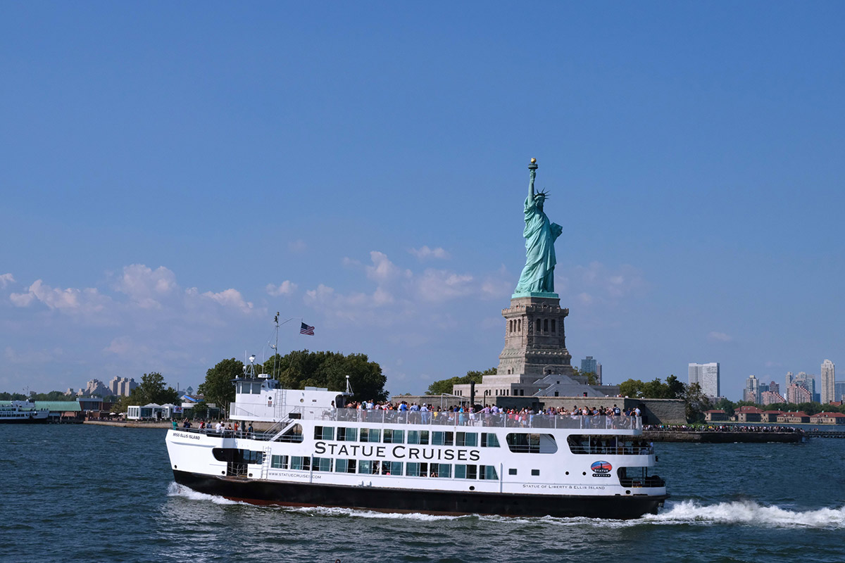Liberty-Island-View-from-the-Ferry-1200-